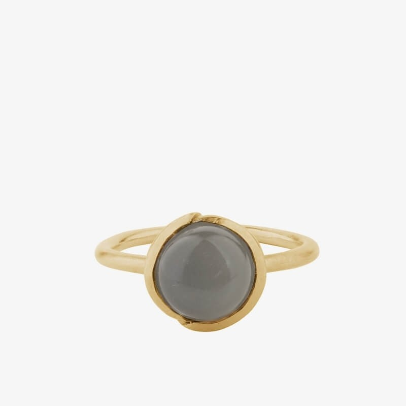 Pernille Corydon | Aura Grey Moonstone Ring | Forgyldt-31